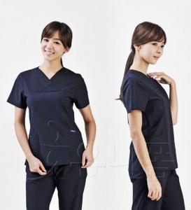 女手术服上衣